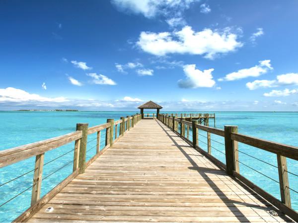 Bahamas long pier shot