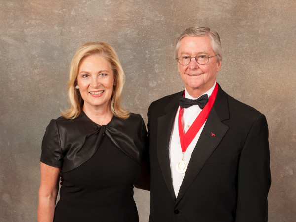 Peggy and Carl Sewell, Meadows Museum gala