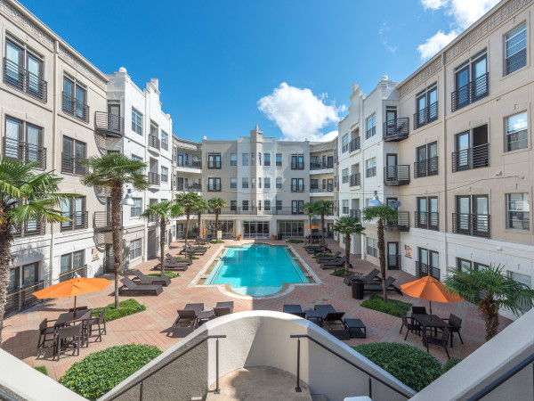 5 Mockingbird apartments in Dallas