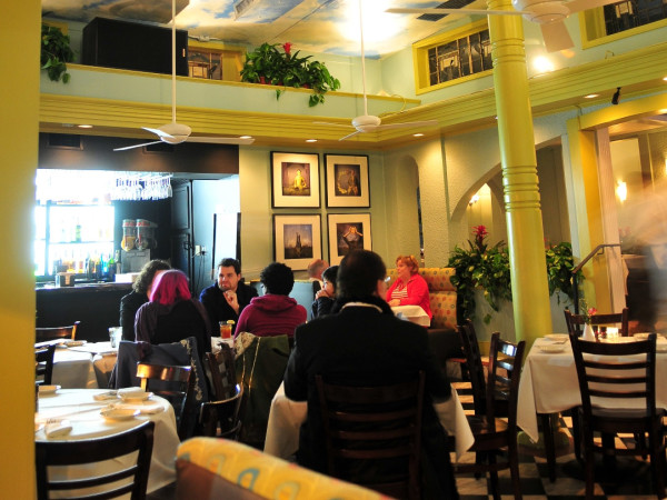 Places_Food_Ruggles Grill_Jan. 2010_dining room_with ceiling