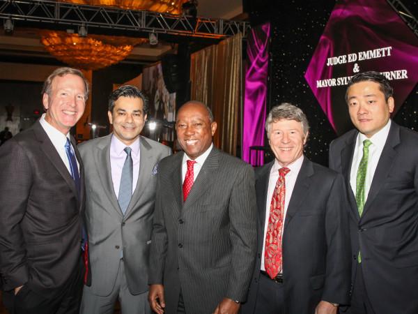 Interfaith Gala Neil Bush, Shaukat Zakaria, Mayor Sylvester Turner, Judge Ed Emmett, Gene Wu