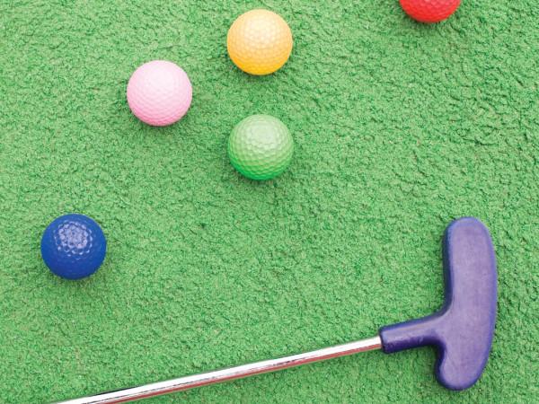 Austin park n' pizza mini-golf, putt-putt