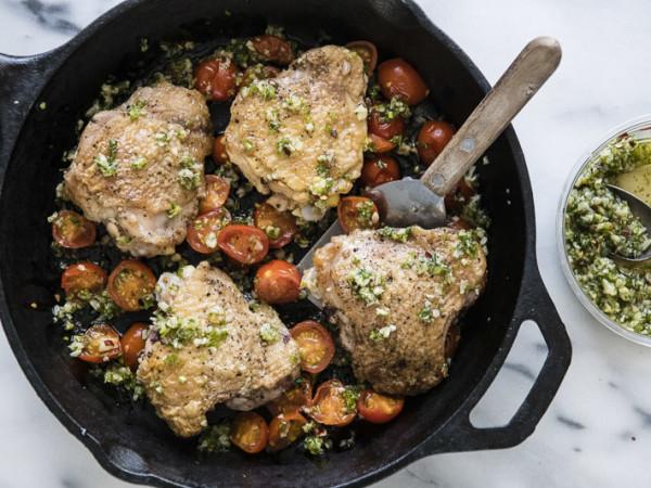 Farmhouse Delivery Texas tomato chicken roasting skillet