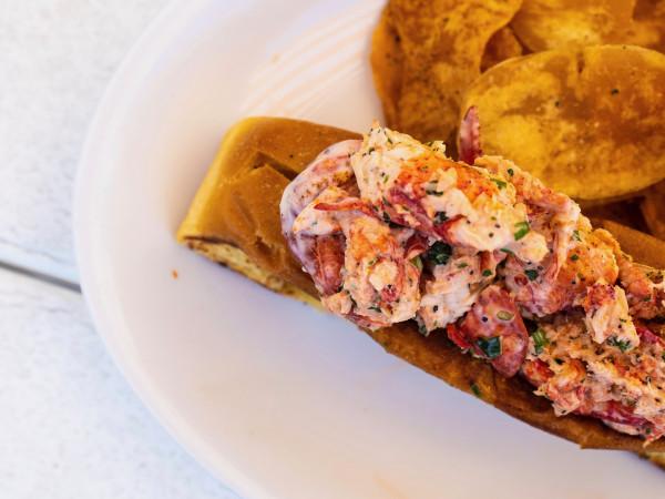 East Hampton Sandwich Co lobster roll