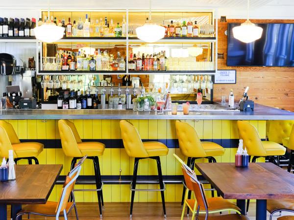 Bar Peached bar