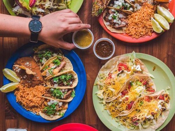 La Calle tacos and tortas