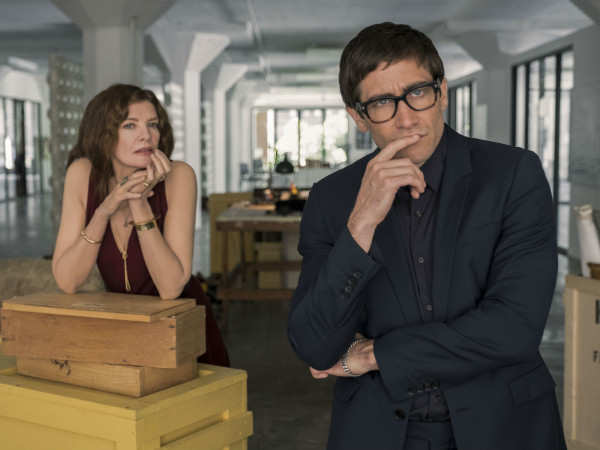 Rene Russo and Jake Gyllenhaal in Velvet Buzzsaw