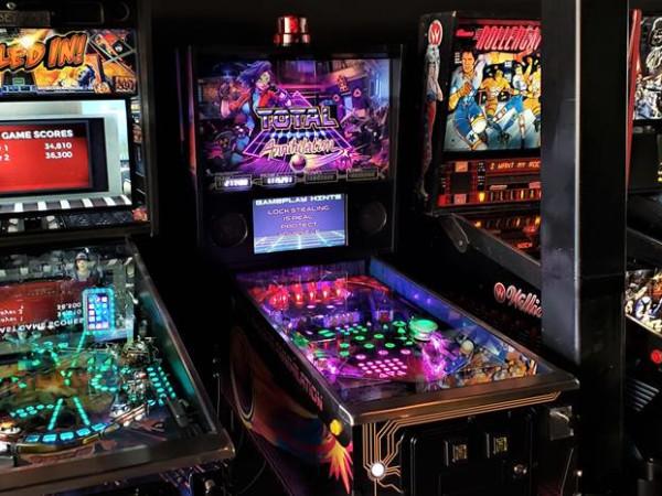 Free Play Arlington, arcade, pinball