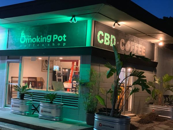 The Smoking Pot