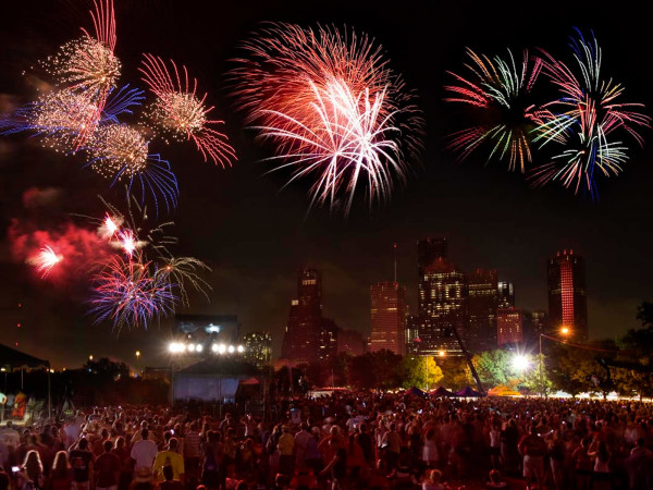 News_Freedom over Texas_fireworks