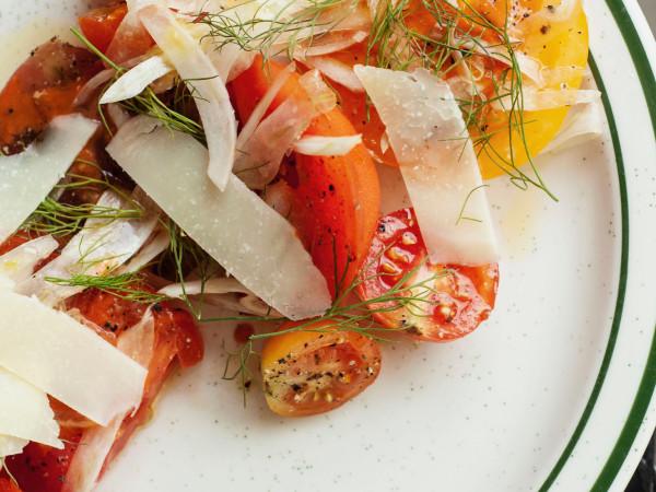 Night Heron heirloom tomato salad