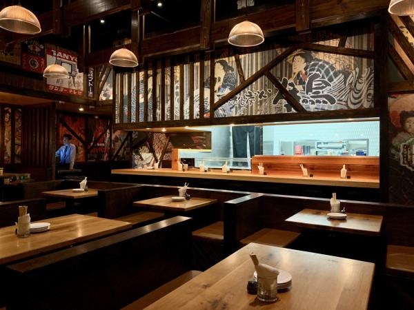Toukei Izakaya interior