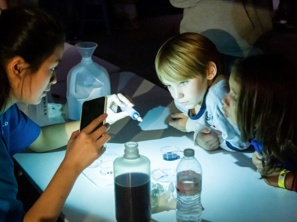 Fort Worth museum of science and history, kids science experiment