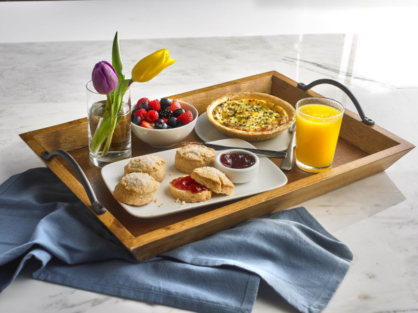 Breakfast in bed, Mother's Day