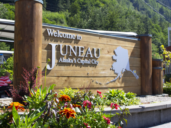 Welcome to Juneau sign