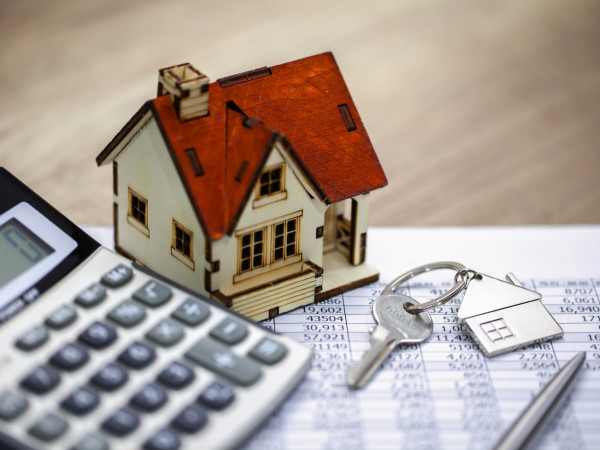 House and mortgage papers