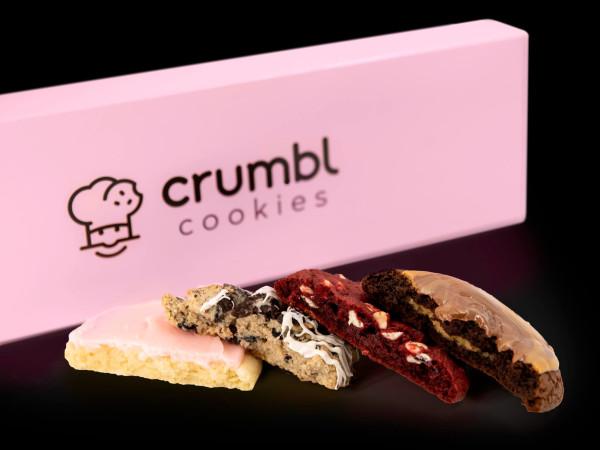 Crumbl Cookies cookie box