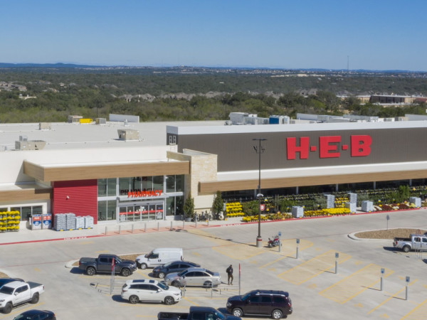 H-E-B exterior grocery store logo Far West Side San Antonio