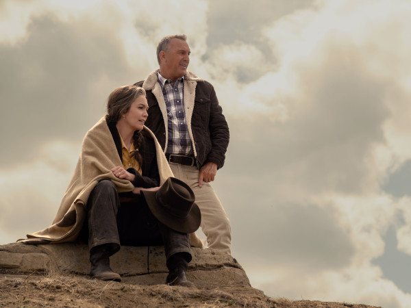 Diane Lane and Kevin Costner in Let Him Go