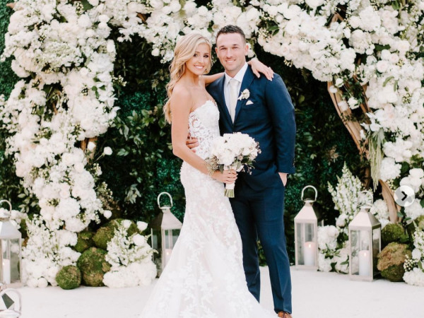 Alex Bregman Reagan Howard Instagram IG wedding