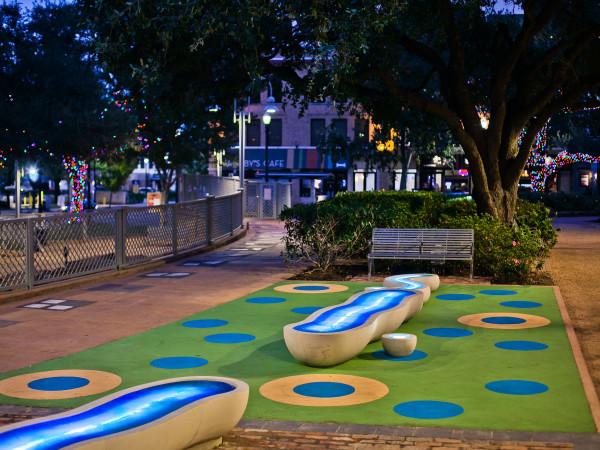 Meander Houston Market Square Park
