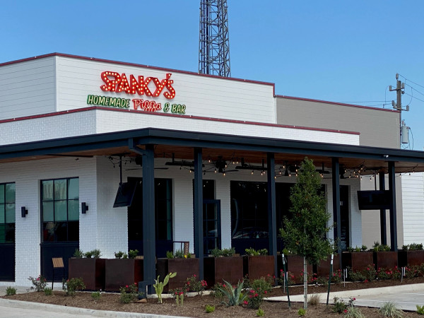 Spanky's Pizza Sharpstown exterior