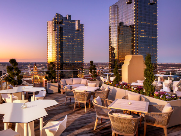 Sinclair hotel rooftop bar