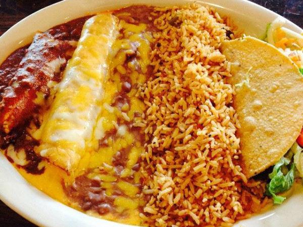 Tex-Mex plate at Matt's Rancho Martinez
