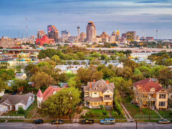 San Antonio skyline with houses