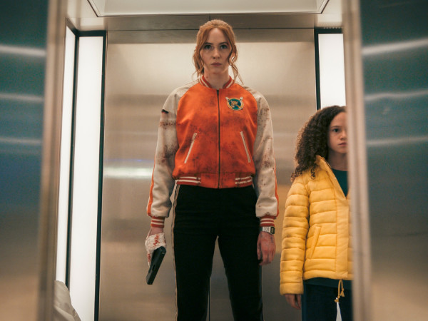 Karen Gillan and Chloe Coleman in Gunpowder Milkshake