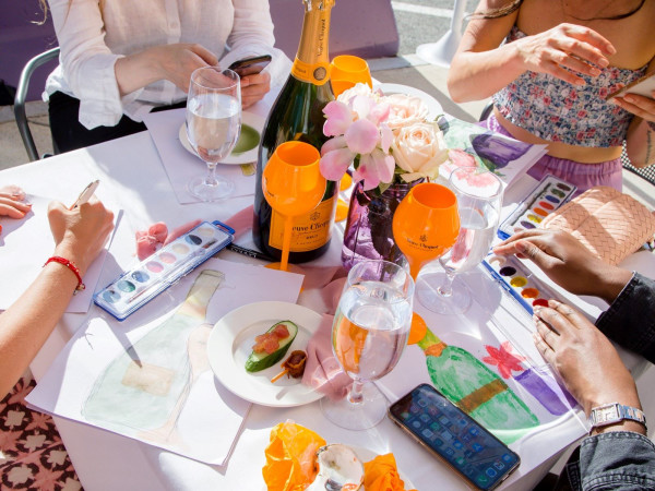 Art & Champagne, Davio's