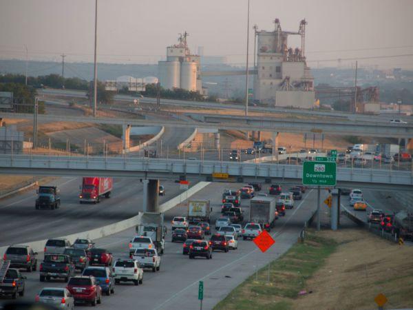 Fort Worth highway, traffic