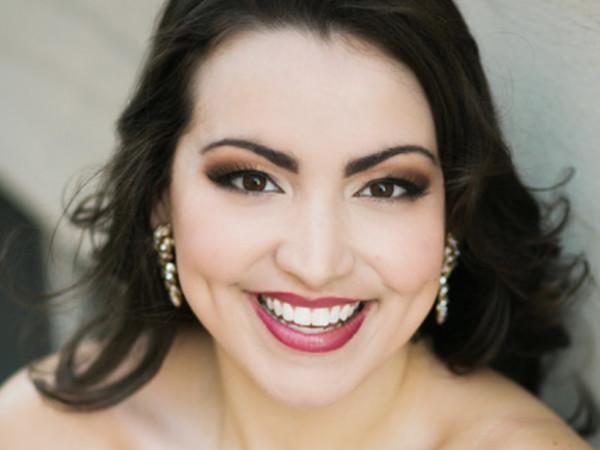 Soprano Raquel Gonzalez