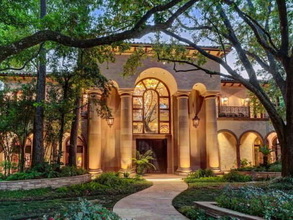 8843 Harness Creek Lane in Houston