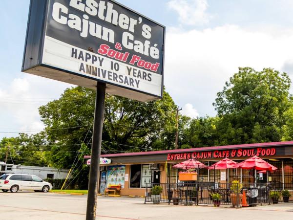 Esther's Cajun Cafe exterior