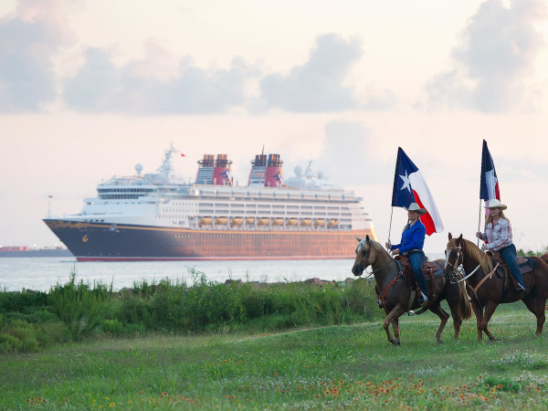 Disney Magic, cruise ship, Galveston, Texas flags, horses