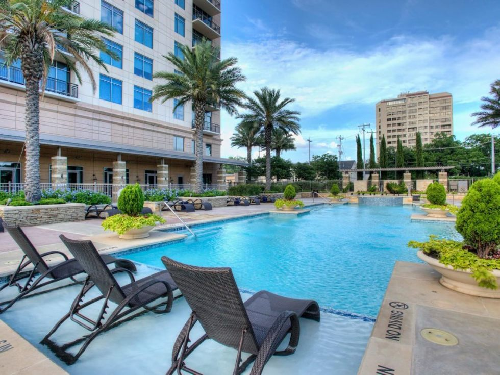 San Antonio home condo Broadway Residences 4242 Broadway Street April 2016 pool