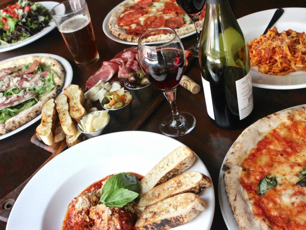 Cane Rosso restaurant pizza pasta