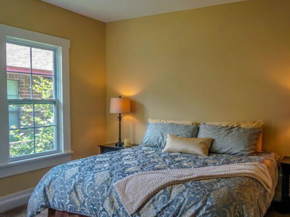247 Keller San Antonio home bedroom