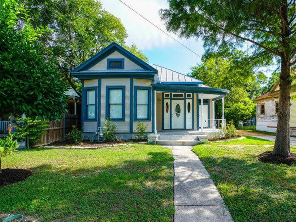221 Carolina St. San Antonio home