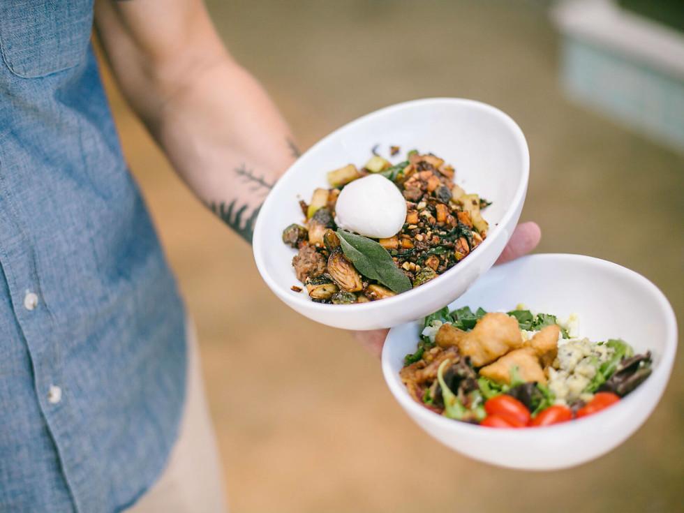 Picnik Burnet Road restaurant harvest hash picnik cobb food