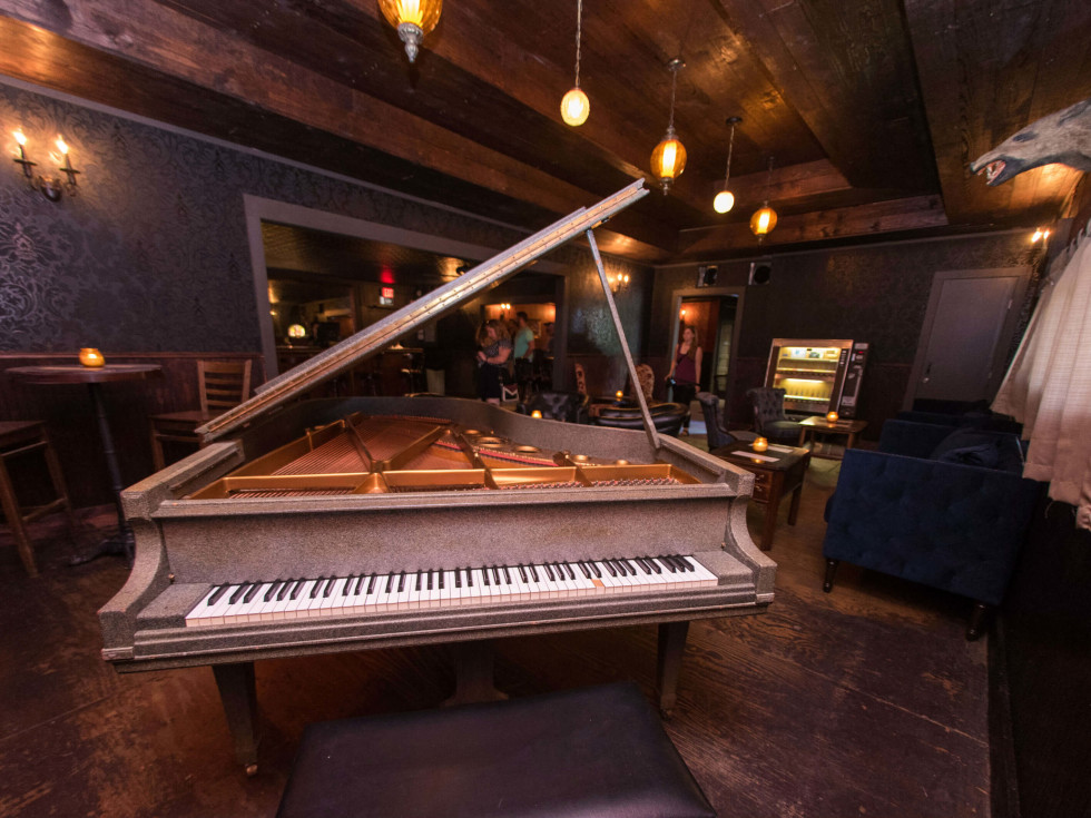 The Scoot Inn venue bar East Austin renovations 2016 piano Ivy's Room