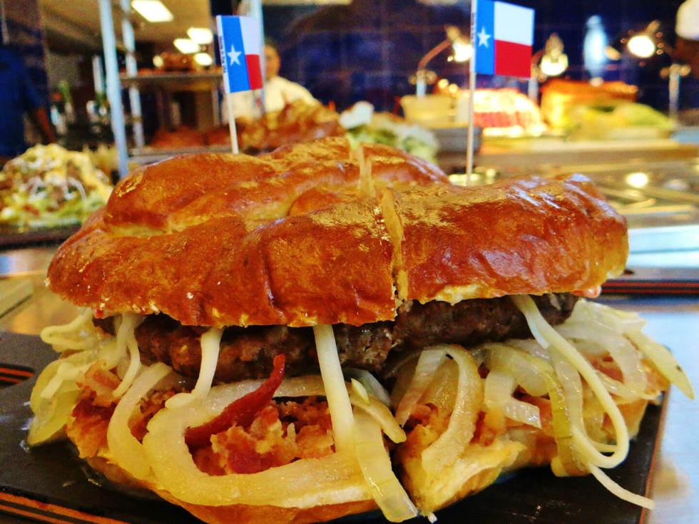 Ballpark in Arlington, burger