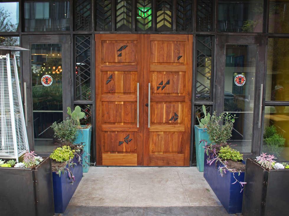 El Burro Tex Mex and Bar restaurant front