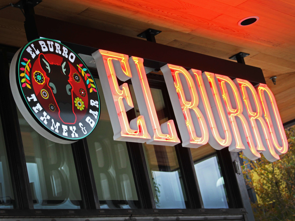 El Burro Tex Mex and Bar restaurant sign