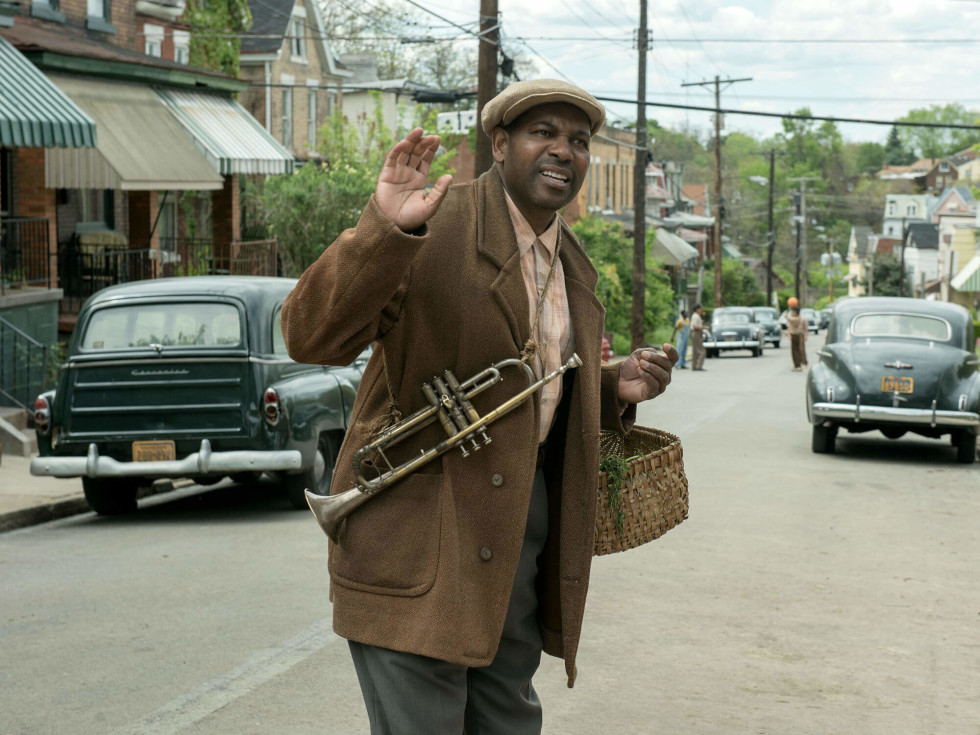 Mykelti Williamson in Fences