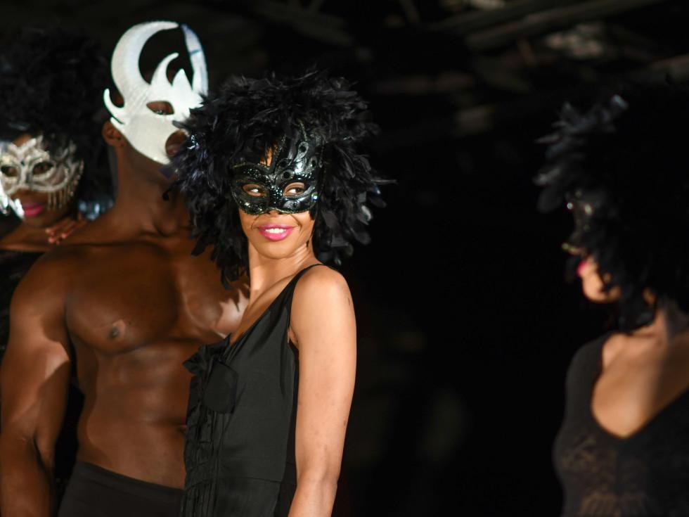 Heart of Fashion Masquerade Ball models