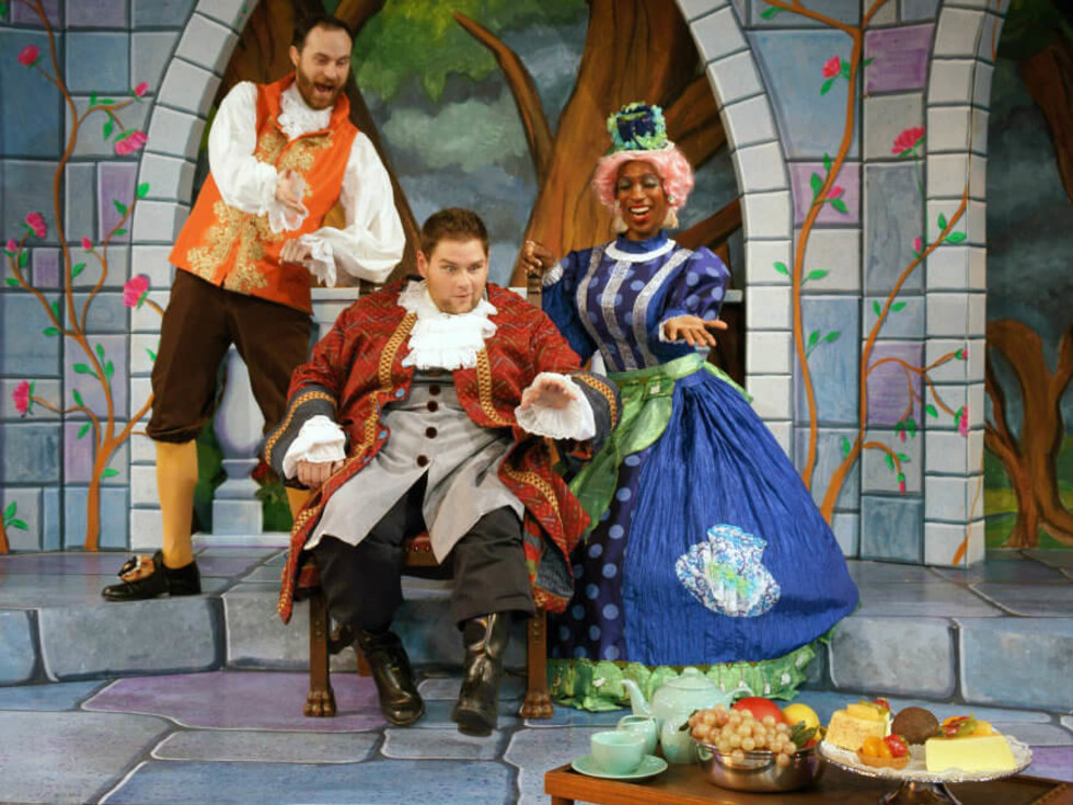 Beauty and the Beast panto at Theatre Britain