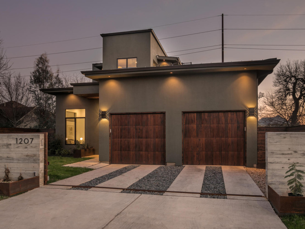 Austin Modern Home Tour 2017 1207 E 13th St East Austin house Verde Builders Custom Homes