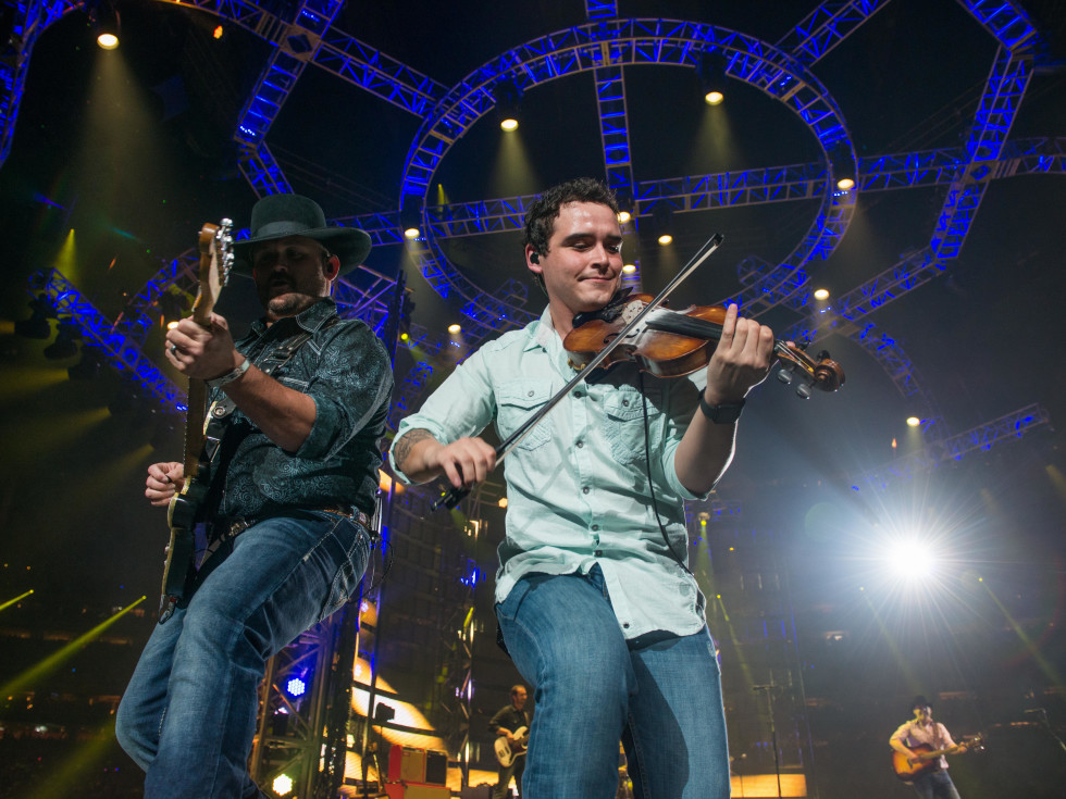 Aaron Watson at RodeoHouston opener 2017 fiddle player